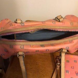 Dooney & Bourke Bags - Dooney and Bourke Satchel bag